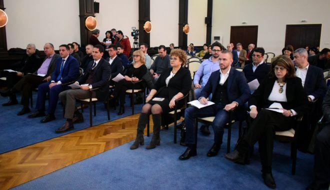"""Foto: Liberalii au votat împotriva bugetului pe 2018. Primarul Făgădău i-a criticat: """"Nu aţi venit cu nicio propunere"""""""