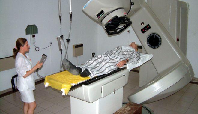 Foto: Disperarea bolnavilor de cancer, la limită. Cât trebuie să mai aștepte ca să facă radioterapie la Constanța?