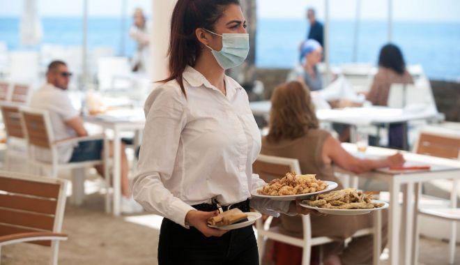 COD ROŞU la Constanţa. Se închid restaurantele la interior, teatrele şi cinematografele - fond-1615385165.jpg