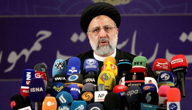 Alegeri prezidenţiale în Iran. Ebrahim Raisi este favoritul regimului Khamenei - fond-1624028112.jpg