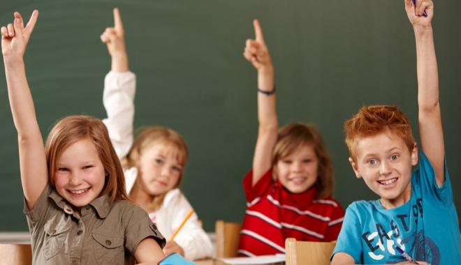 Incredibil, se poate și fără ghiozdan! O școală din Constanța nu mai dă teme elevilor - fond1-1477325100.jpg