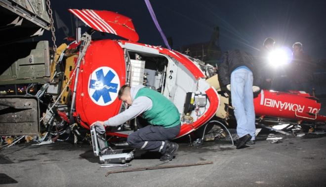 """Foto: Trei ani de mister total. Cazul elicopterului prăbuşit în lacul Siutghiol, """"îngropat"""" intenţionat? """"Ancheta bate pasul pe loc"""""""