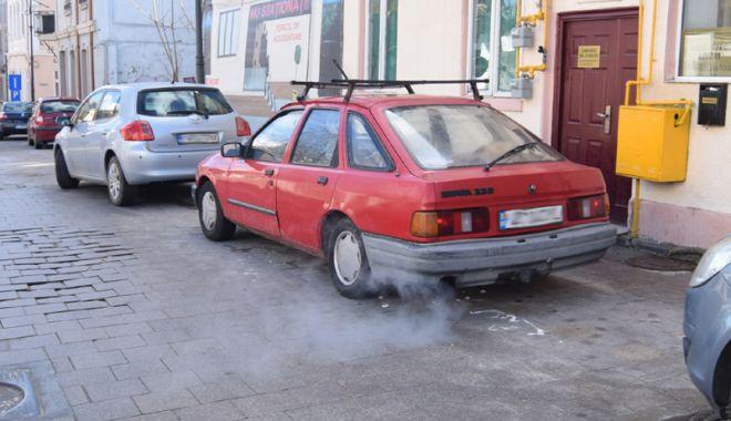"""Foto: Dispar """"bombele"""" pe patru roţi din trafic? """"Șoferii din România trebuie sprijiniți"""""""