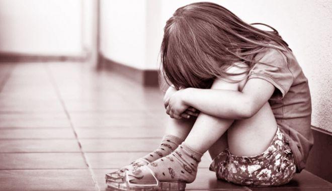 """Foto: Coşmarul unei copile de 12 ani, violată în repetate rânduri. """"Sechelele sunt severe!"""""""