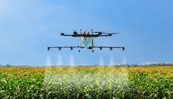 Agricultura viitorului. Dronele şi GPS-ul fac munca câmpului mai uşoară - fond1-1618593407.jpg