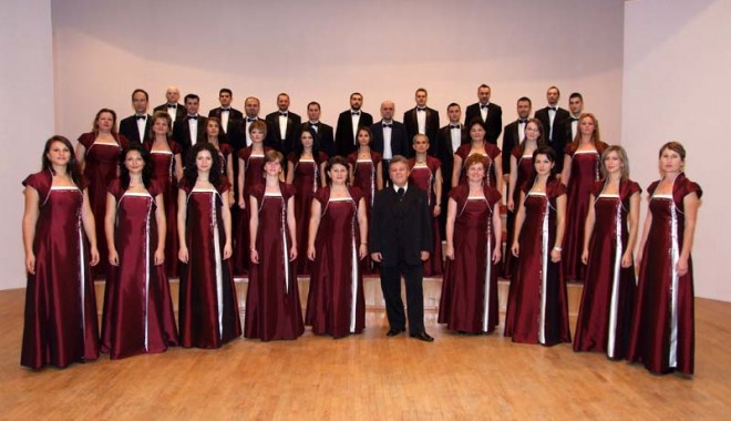 Festival Internațional de muzică corală, la Cernavodă - fond11-1322239234.jpg