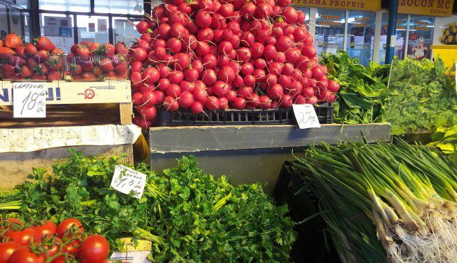 Trufandalele au invadat pieţele. Cât costă o masă pentru o zi de post - fond2-1615833697.jpg
