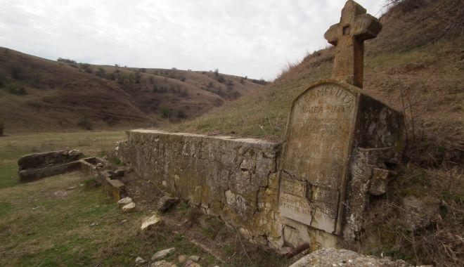 Moștenire de la otomani. Secrete de sute de ani, ascunse în Dobrogea! - fond6cismeavaleamare1-1572991224.jpg