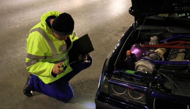 Accesorii auto, pe lista neagră a RAR: nu doar inutile, sunt periculoase! - fondaccesoriiautopericuloasesurs-1612195066.jpg