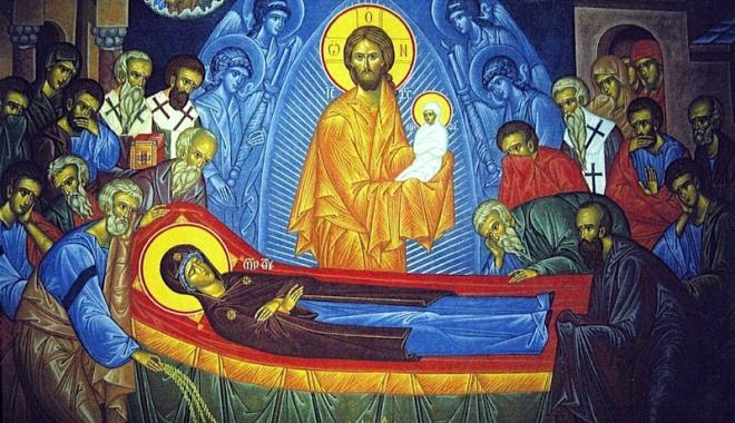 Foto: Adormirea Maicii Domnului, zi de mare sărbătoare pentru credincioşi