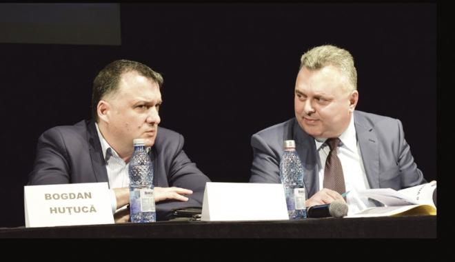 Foto: Gheorghe Dragomir a predat ştafeta PNL Constanţa. Bogdan Huţucă promite o opoziţie constructivă