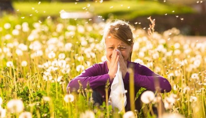 Foto: Alergia, boala omului modern. Primăvara se înteţesc reacţiile alergice