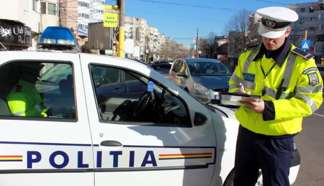 Foto: Zeci de mii de amenzi aplicate de polițiști