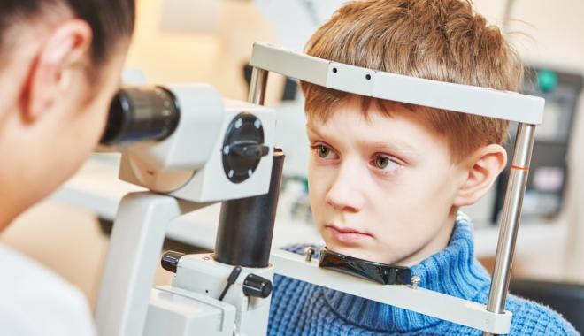 Atrofia nervului optic, o boală ce afectează adulţi şi copii deopotrivă