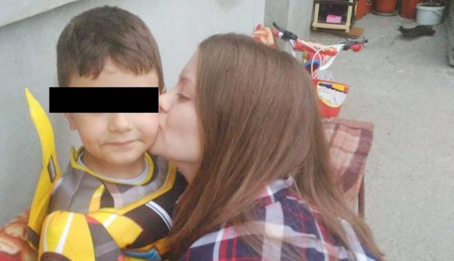 """Foto: DRAMA unei mame din Constanţa, care ÎŞI VREA COPILUL ÎNAPOI. """"Am decizie definitivă a instanţei, dar tatăl nu ţine cont de nimic!"""""""