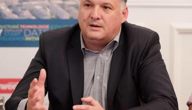 Revoltă în PNL. Consilierii din Nicolae Bălcescu amenință cu demisia din partid - fondbogdanhutuca-1580063727.jpg