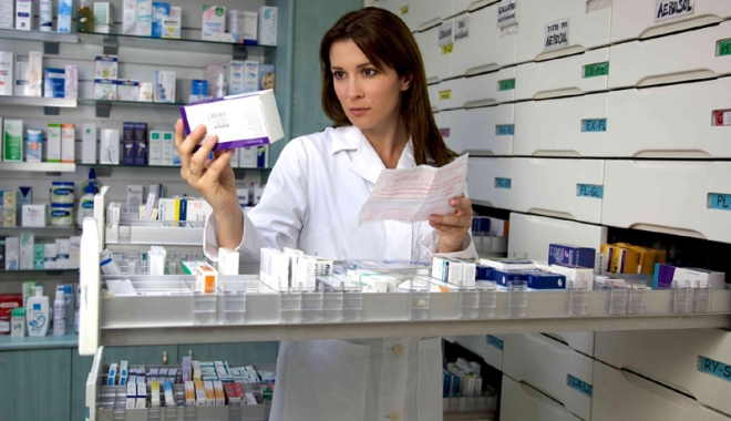 """Medicamentele ieftine, scoase din farmaciile din România. """"Băieţii deştepţi le duc acolo unde se fac bani"""""""