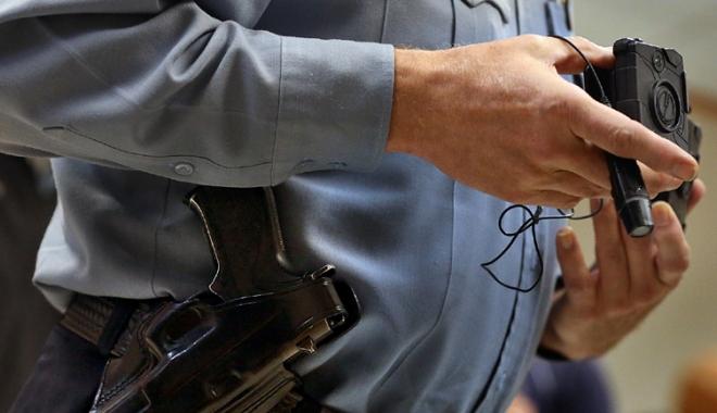 """Foto: Poliţiştii din Constanţa vor fi dotaţi cu bodycam-uri. """"Am fost condiţionaţi de IGPR"""""""