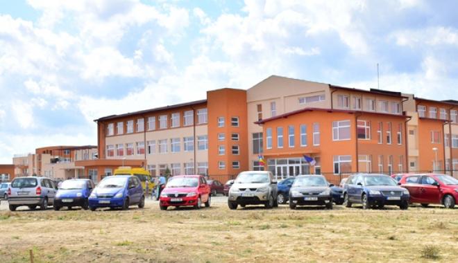 Ce nu a fost în stare Constanţa, s-a făcut la Cumpăna. Campus la standarde occidentale pentru elevi - fondcampuscumpana1-1473697278.jpg