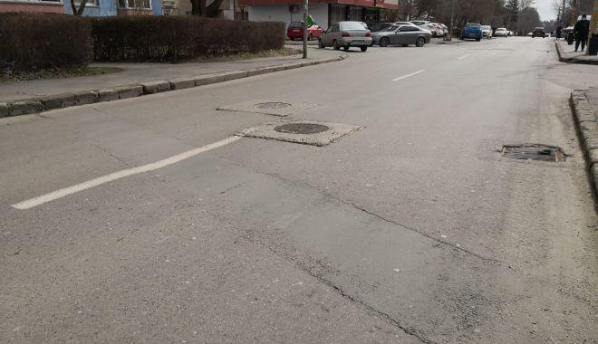 Cursă cu obstacole. Capacele de canalizare, pericolul de pe străzile Constanței - fondcapacecanalizare10-1615737329.jpg