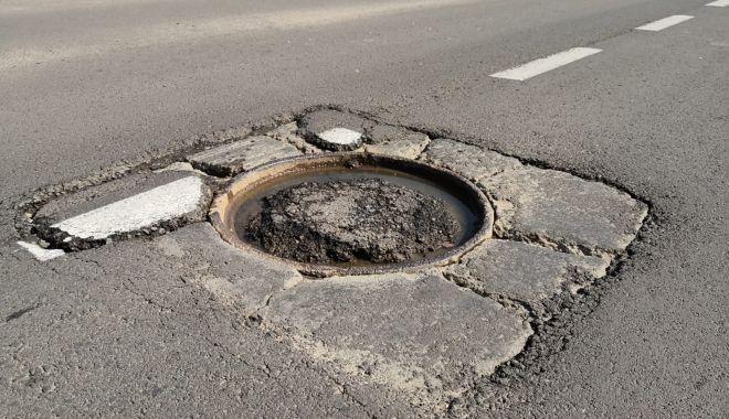 Cursă cu obstacole. Capacele de canalizare, pericolul de pe străzile Constanței - fondcapacecanalizare7-1615737300.jpg
