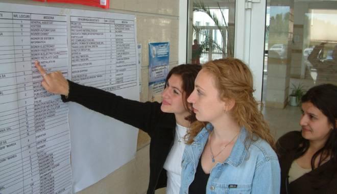 Ce se caută de muncă pe litoral.  Sute de joburi disponibile pentru tineri - fondcejoburi-1434117094.jpg