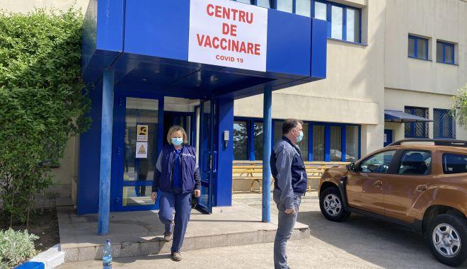 Centru de vaccinare la Şantierul Naval Constanţa. Se pot imuniza angajaţii şi familiile lor - fondcentrudevaccinare1-1620238209.jpg