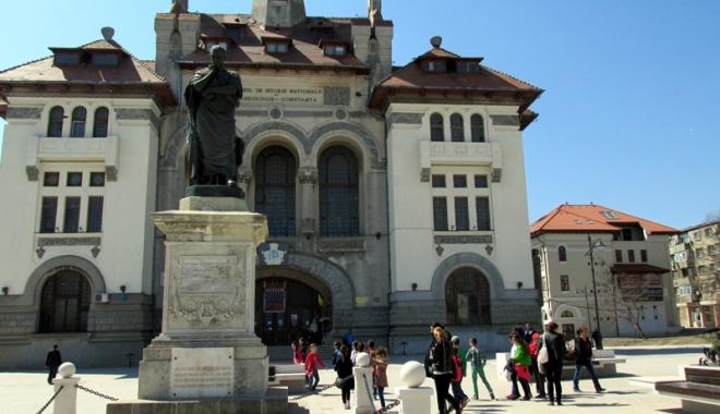 Foto: Cine candidează la conducerea Muzeului de Istorie şi Arheologie