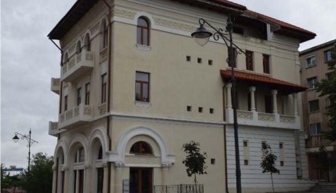 Tainele din subsolurile caselor din Piața Ovidiu: fântână romană și gură de tunel spre port - fondcladirecasadamadian2-1578945988.jpg