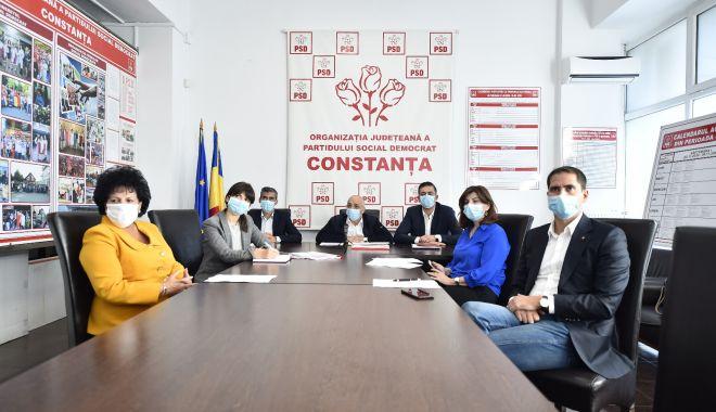 """Liderul PSD Constanţa, Felix Stroe: """"Putem obţine trei mandate la Senat şi patru la Camera Deputaţilor"""" - fondconferintapsd-1604687870.jpg"""