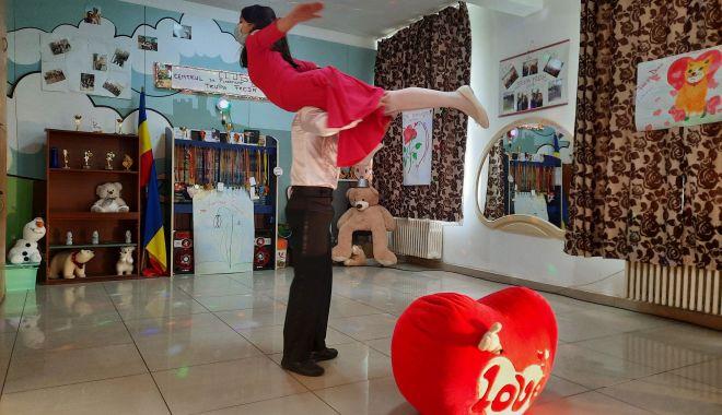 """Copiii Centrului de plasament """"Delfinul"""" înfruntă viaţa în paşi de dans - fondcopii3-1614192782.jpg"""