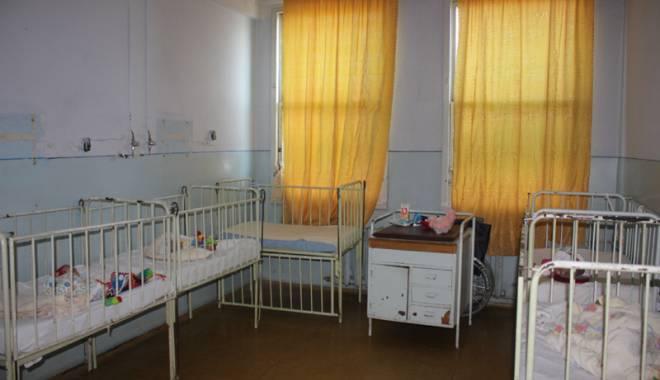 DEZASTRUL DIN SECȚIA DE PEDIATRIE CONSTANȚA / În ce condiții sunt tratați copiii - fonddezastrulsectiepediatrie-1425575525.jpg