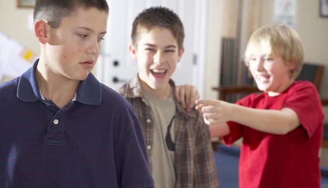 Foto: Comportamentul de hărţuire, abuz şi violenţă este tot mai des întâlnit, chiar şi la copiii foarte mici