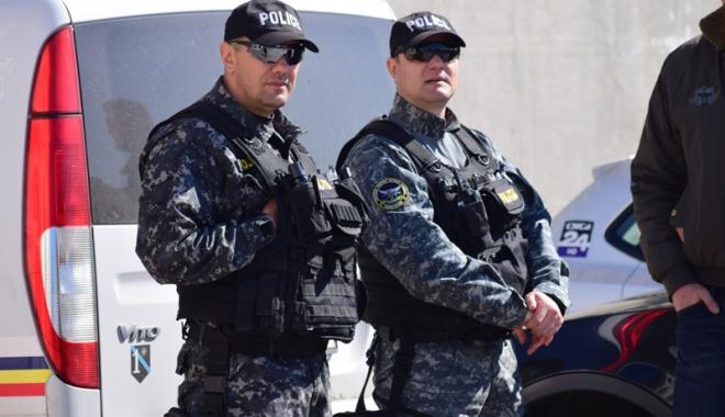 """Foto: """"Culcat! Poliţia"""" Trupele speciale din Constanţa cer IPJ mai multă acţiune. """"Vrem să diversificăm activitatea"""""""