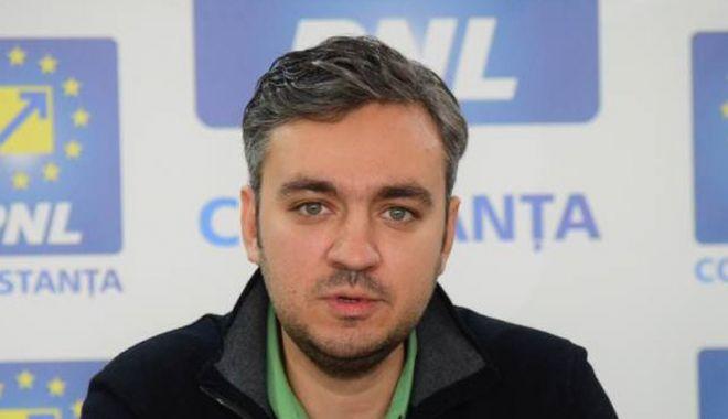 PNL Constanța a dat startul campaniei electorale. Cine vrea să fie primarul Constanței - fondgeorgeniculescu1-1544029617.jpg