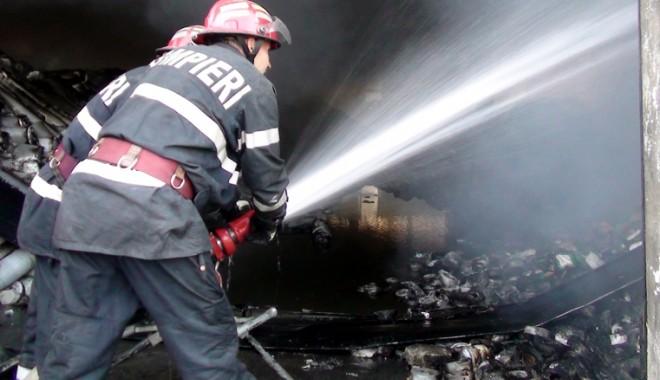 Foto: Ţi-a luat casa foc? Cum să reacţionezi corect în cazul izbucnirii unui incendiu