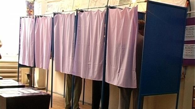 Foto: Alegeri locale, sub semnul fraudelor! Val de nereguli în secțiile de votare!