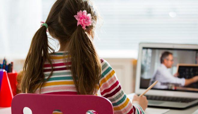 Internet şi laptopuri pentru școala din Movilița, cumpărate cu sprijinul Rompetrol - fondinternetsilaptopuri-1604686066.jpg