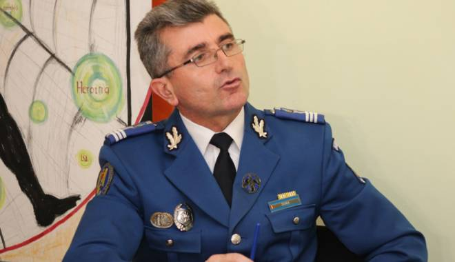 Foto: Cine mai apără liniştea Constanţei? Demisii pe bandă în Jandarmerie