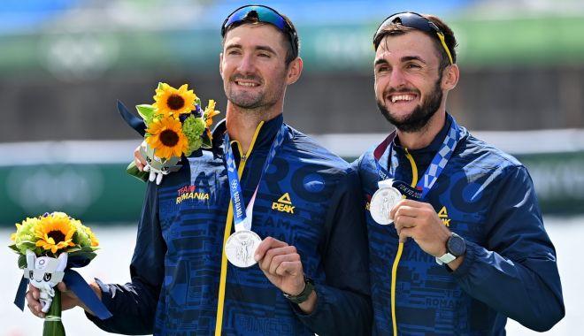 O nouă medalie pentru România. Marius Cozmiuc şi Ciprian Tudosă au cucerit argintul în proba de dublu rame - fondjocuriolimpice-1627567558.jpg