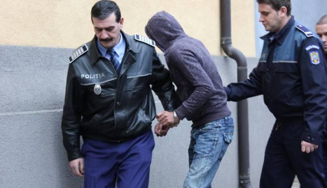 """Foto: """"Ginitorul"""" atacă """"la primărie""""! Ce limbaj codificat au pungaşii în Constanţa"""
