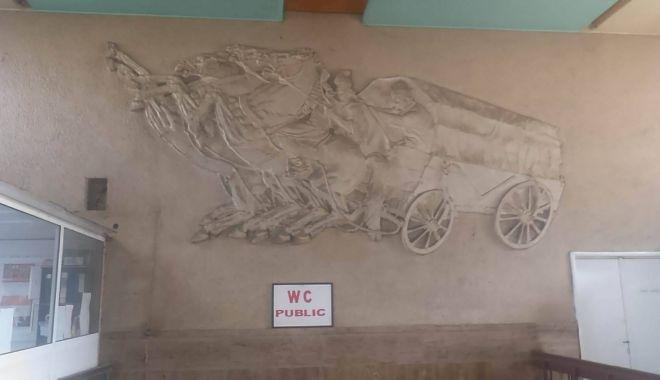 Artă dispărută la malul mării. Se încearcă scoaterea operelor din Lista Monumentelor Istorice! - fondmareasinavigatiasculpturiina-1573678835.jpg