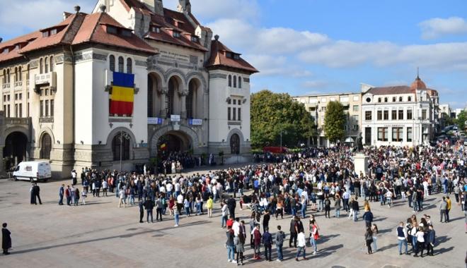 Foto: Mare sărbătoare mare la Constanţa! Festivalul Etniilor Dobrogene