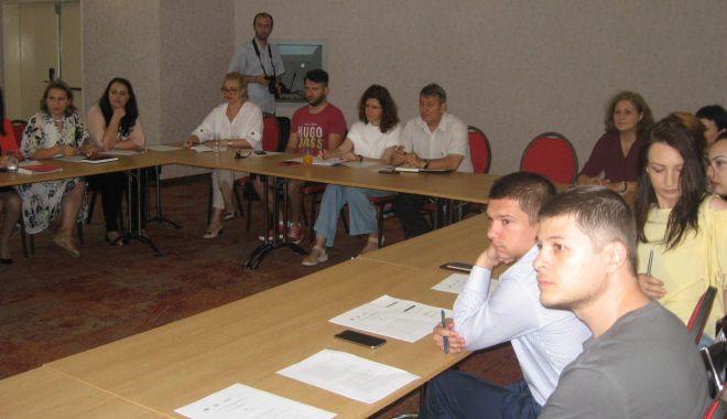 Microîntreprinderile pot obține finanțare de 200.000 de euro pentru investițiile din mediul urban - fondmicrointreprinderilepotobtin-1559846783.jpg