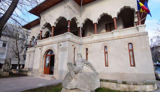 """Foto: Ion Jalea a lăsat posterităţii o operă impresionantă. """"Nu avem spaţiul necesar pentru expoziţii temporare"""""""