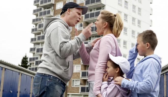 """Foto: """"Nu mă face nimeni tată cu arcanul!"""""""