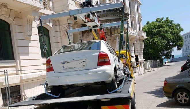 Nu vă riscaţi! Maşinile fără permis de acces în zona peninsulară a Constanţei, ridicate de Poliţia Locală - fondnuvariscati-1559676525.jpg