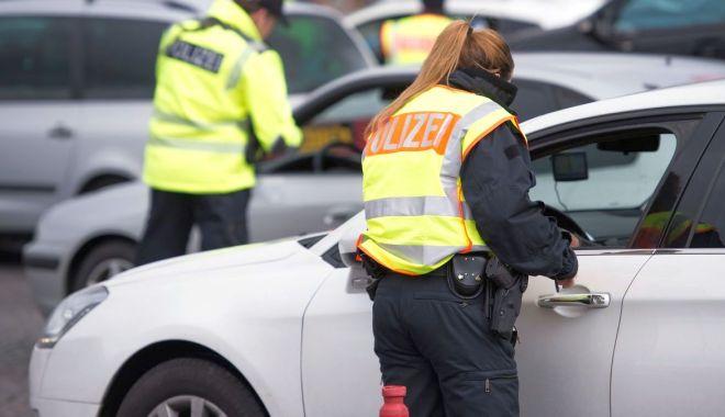 Soluție pentru constănțenii care rămân fără permisul auto, peste graniță.