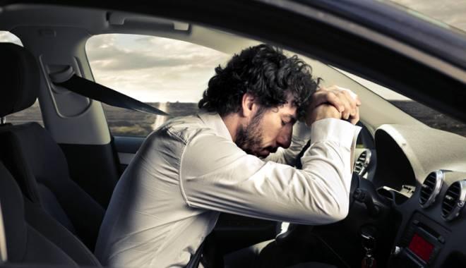 Foto: Noi reguli pentru obţinerea sau schimbarea permisului auto. Cum vor fi testaţi şoferii pentru apnee în somn