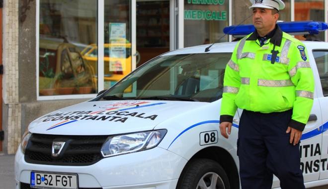 Foto: Poliţiştii locali au primit interzis la amenzi în trafic.